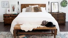 It's finally fall! Turn your bedroom into a retreat with eight simple expert-approved styling tricks. Here are the cozy bedroom ideas to try. Fall Bedroom, Bedroom Green, Cozy Bedroom, Home Decor Bedroom, Bedroom Furniture, Bedroom Ideas, Teen Bedroom, Bedroom Beach, Bedding Decor