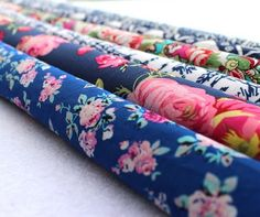Artificial Cotton Poplin Fabric for Dress Shirt Vintage Bedding Summer Nightgown Material Sewing Patchwork Flower Printed Fabric Textile News, Patchwork Fabric, Flower Prints, Night Gown, Dress Patterns, Floral Tie, Printing On Fabric, Sewing Crafts, Arts And Crafts