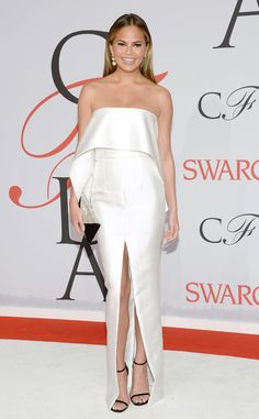 Chrissy Teigen very chic at #CFDAAwards