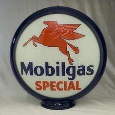 Mobilgas Lighted Mini Gas Pump Globe White Red Body Gasoline Oil Gas Sign