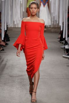 Milly Spring 2016 Ready-to-Wear Collection Photos - Vogue http://www.vogue.com/fashion-shows/spring-2016-ready-to-wear/milly/slideshow/collection#32