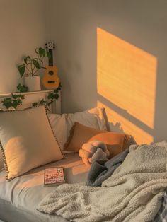 Aesthetic bedroom – Best Home Plants Bedroom Inspo, Bedroom Decor, Bedroom Rustic, Cozy Bedroom, Dream Rooms, Dream Bedroom, My New Room, My Room, Aesthetic Room Decor