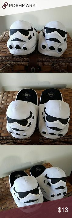 Star Wars Slippers Great condition! Size large that can fit a size 7-9 in women :) feel free to make an offer! Star Wars Shoes Slippers