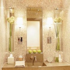 Get inspiration and ideas for designing or remodeling a bathroom with contemporary style. Discover beautiful modern vanity, tile ideas to try, and the best paint colors to create a modern and spa-like bathroom. Interior Exterior, Home Interior, Bathroom Interior, Interior Design, Dream Bathrooms, Beautiful Bathrooms, Serene Bathroom, Gold Bathroom, Bathroom Colors