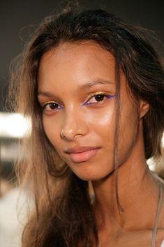 sweet eye makeup - It's actually pretty subtle considering it's bright blue eyeliner. Runway Makeup, Beauty Makeup, Eye Makeup, Hair Makeup, Hair Beauty, Make Up Looks, Blue Eyeliner, Color Eyeliner, Skin Lightening Cream