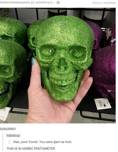 <b>Alas poor Yorick, you could have googled.</b>