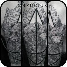 #BRÜCIUS #TATTOO #SF #engraving #lines #blackwork #topography #map #wolf #bear #family #mountains