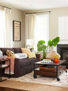 decorology: Fresh and clean - interiors that scream spring cozy living room with moroccan rug