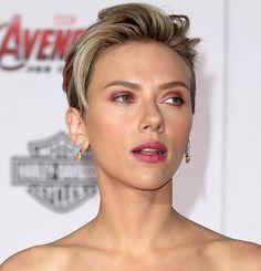 Scarlett Johansson Oozes Sex Appeal in Leg-Baring Stella McCartney Dress and Jerome C. Rousseau Heels