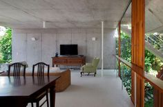 """tropicale-moderne: """"Concrete House in Ubatuba by SPBR Arquitetos // Sao Paulo, Brazil """" Contemporary Architecture, Interior Architecture, Interior Design Philippines, Modern Tree House, Room Interior Design, Maine House, Home Builders, Decoration, House Design"""