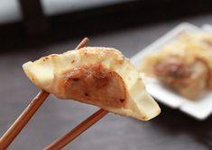 Dumplings au porc, crevettes, gingembre et coriandre | Max L'affamé Chips, Mayonnaise, Pork, Turkey, Appetizers, Afin, Chicken, Ethnic Recipes, Polenta