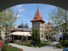 Slovensko, Komárno, Dvůr Evropy