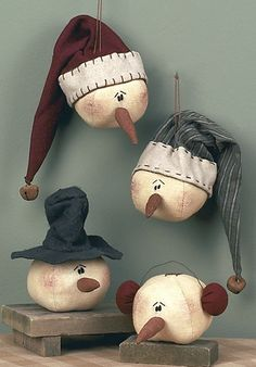 Check out the deal on Snowman Head Ornament Set at Primitive Home Decors