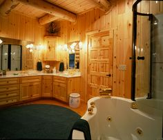 This large bathroom provides plenty of space to get ready in the morning! www.hiawatha.com
