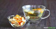 Orangenschalen müssen nicht in den Abfall, du kannst aus ihnen sehr einfach leckeren Tee herstellen.