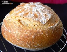 This posts satisfies people's curiosity worldwide why this no knead bread made in a unique Lékué bread Maker that steams bread in the oven. No Knead Bread, Pan Bread, Bread Maker Recipes, Pan Dulce, Bread And Pastries, How To Make Bread, International Recipes, Baguette, Bakery