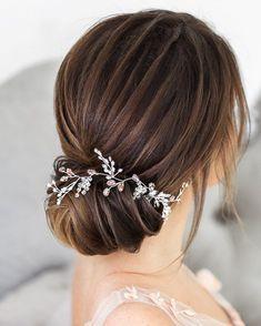 Gorgeous updo wedding hairstyle - bridal hairstyle ideas #hairstyle #weddinghair #hairstyles #weddinghairstyles