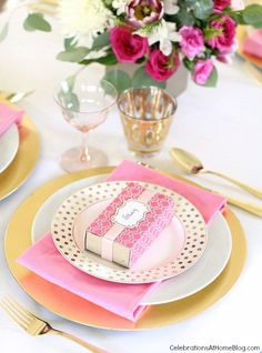 Pink party place settings - comfort box! http://blog.mrprintables.com/the-instant-comfort-pocket-box/