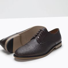 Image 4 of BRAIDED LEATHER BLUCHER from Zara