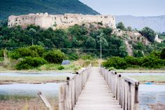Ruin near Peratia, Lefkada | Zřícenina poblíž Peratie, Lefkáda