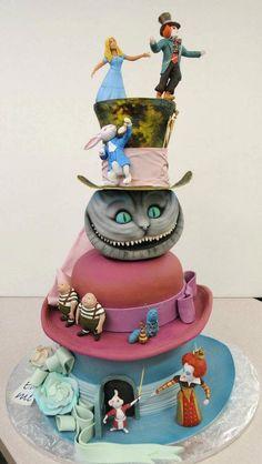 Alice in Wonderland cake found on FB