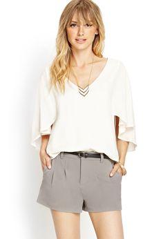 Classicão, tipo calça social Classic Pleated Shorts   FOREVER21 - 2000069440