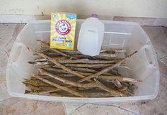 Stellen Sie Ihre eigenen Treibholz ... aus Holz, Bleichmittel, Wasser und Soda. :) Es dauert eine Woche.
