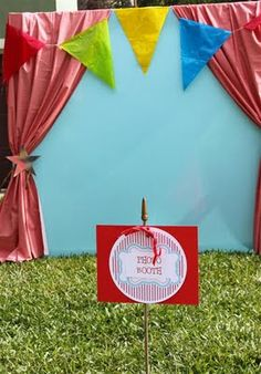 33 New Ideas Vintage Carnival Games Photo Booths Circus Carnival Party, Spring Carnival, School Carnival, Carnival Birthday Parties, Circus Birthday, Vintage Carnival, Carnival Ideas, Circus Theme, Carnival Games