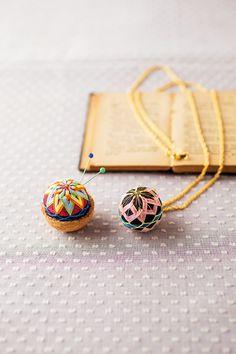 重なる絹糸のみやび ころんとかわいいちいさなてまりの会