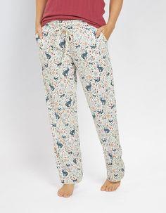 Buy Woodland Jersey Classic Lounge Pants today from FatFace. Fat Face, Lounge Pants, Nightwear, Parachute Pants, Pajama Pants, Classic, Thumbnail Image, Model, Stuff To Buy