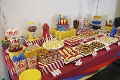 Evan's First Birthday: Circus Party Food. Ideas and a menu for circus birthday party food - Evan's first birthdayCircus Birthday Party Ideas . Circus Party Foods, Circus Carnival Party, Circus Theme Party, Carnival Food, Carnival Birthday Parties, First Birthday Parties, Birthday Party Themes, Circus Food, Circus Cakes