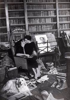 maybe not THIS big, but I want a library & a husband who appreciates the arts.....and kissing me too...hahaha:)