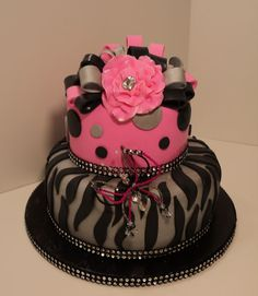 Tess would love this pink cake.