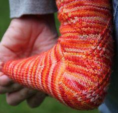Riff socks: Knitty Deep Fall 2010