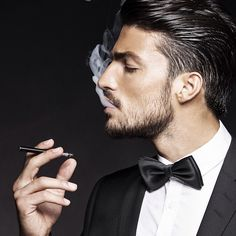 marianodivaio's photo: A real gentlemen doesn't smoke.. But if he does, he has to smoke a black cig! Haha pic by @Tobias Guldstrand !