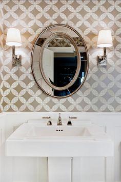 Neutral Bathroom .