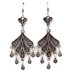 Joji Boutique - antiqued silver teardrop chandelier earrings, (http://www.jojiboutique.com/products/antiqued-silver-teardrop-chandelier-earrings.html/)