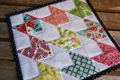 FREEBIES FOR CRAFTERS: Chevron Doll Quilt Tutorial