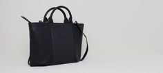 OVAL TOTE BAG WITH TWO TEXTURES - BAGS AND BACKPACKS - WOMAN - PULL&BEAR United Kingdom