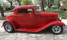 1932 Ford Red 3 Window Coupe