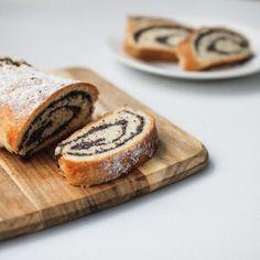 Makový závin   gathermoments   Bloglovin' Baking, Sweet, Food, Candy, Bakken, Eten, Bread, Backen, Meals