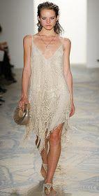 crochelinhasagulhas: Vestido bege de crochet