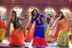 Bollywood Dance : Kareena Kapoor
