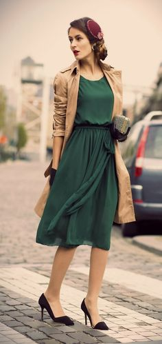 Wearable vintage for today. Love the color combo she's wearing and antiqued effect of this photo.