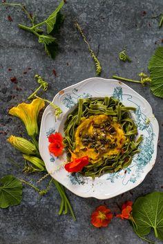 Pumpkin pesto spaghetti - vegan!