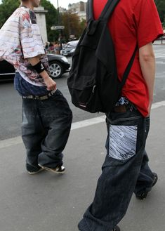 Sagging Pants, Cute Guys, Candid, Blue Jeans, Underwear, Tees, Skateboarding, School, Videos