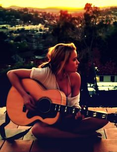 As the sun sets, I'll write this song. I'll tell you how I sold myself out.