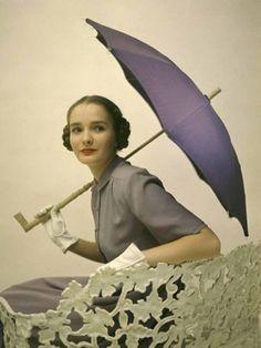 Photo by Nina Leen, 1940s