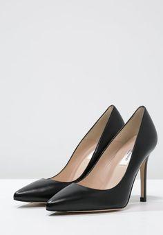 Bestill LK Bennett FERN - Høye hæler - black for kr 2495,00 (26.11.16) med gratis frakt på Zalando.no Fawley, Lk Bennett, Pumps, Heels, Fern, How To Wear, Black, Fashion, Heel