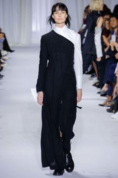 Ann Demeulemeester ready-to-wear spring/summer '17 - Vogue Australia